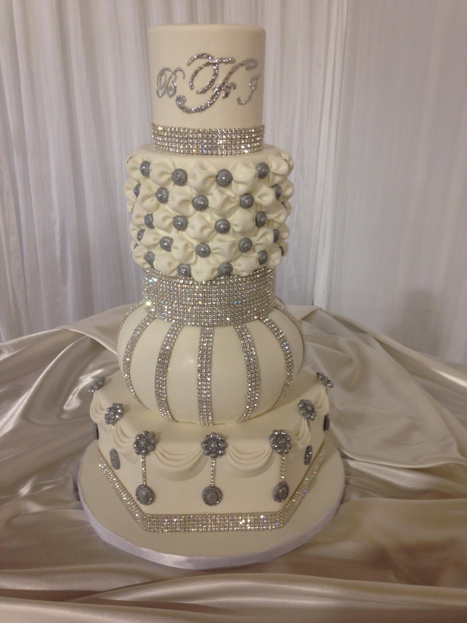 Cake 8 - Gardenia's Custom Cakes & Catering.jpg