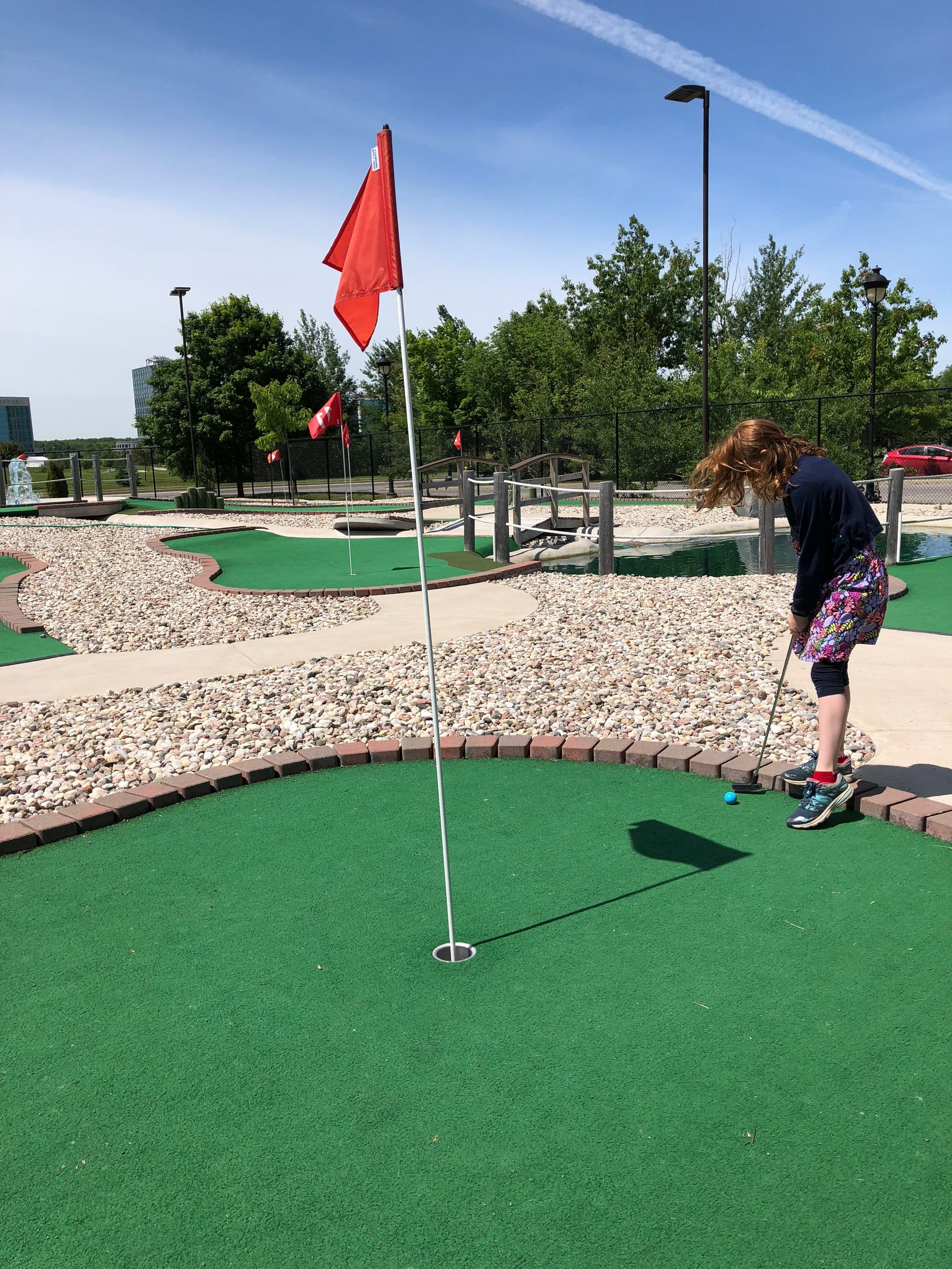 Black Falls Mini Putt Brookstreet