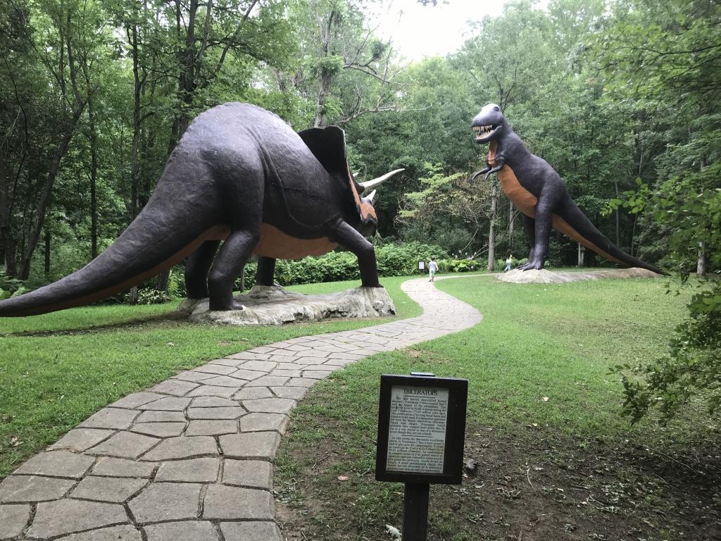 Prehistoric World Ontario