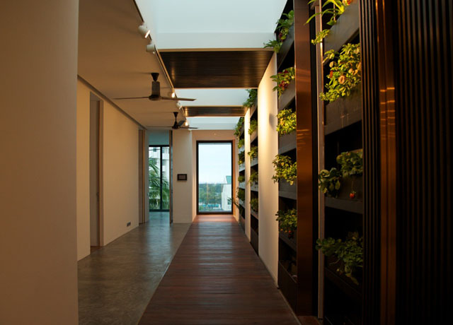 Reclaimed Solid Hardwood Flooring Wood Interior Decoration