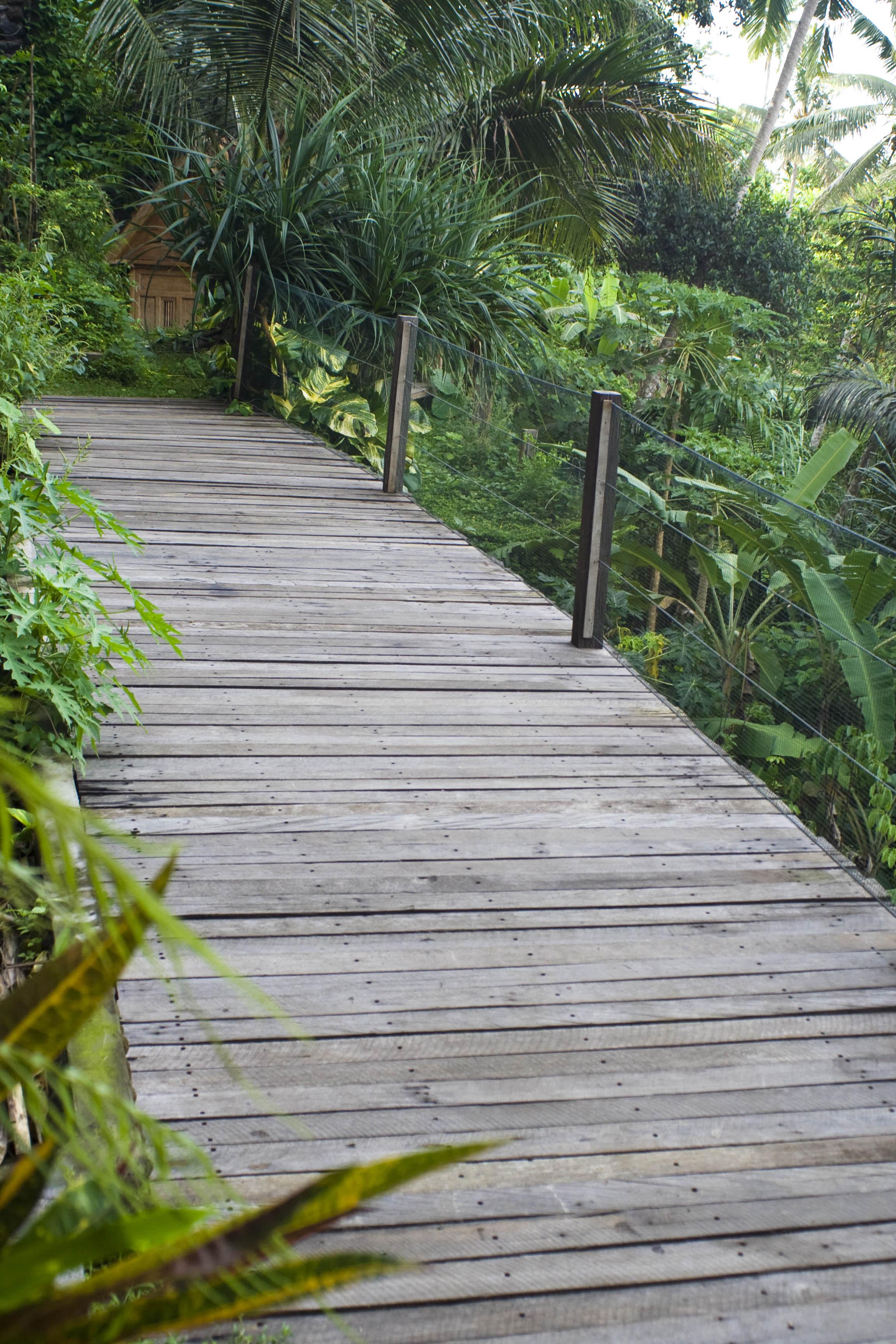 Reclaimed Solid Hardwood Kayu Besi Pool Deck