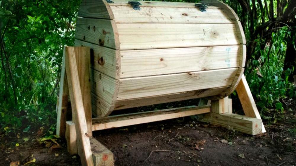 DIY compost bin - source Homesteading.com