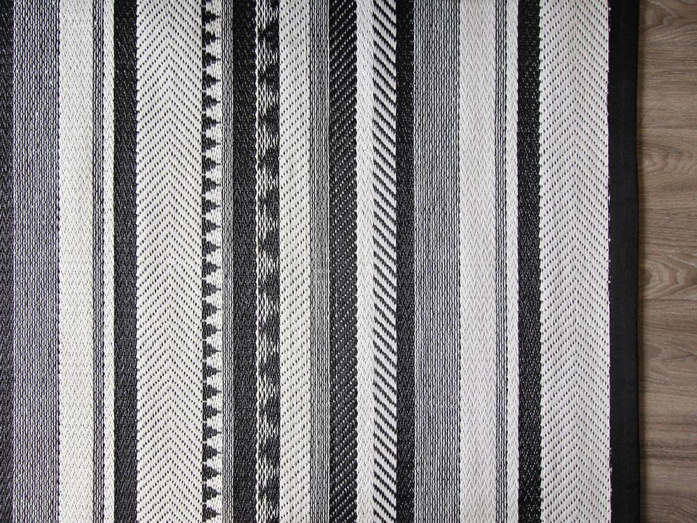 Inari Detail (web).jpg