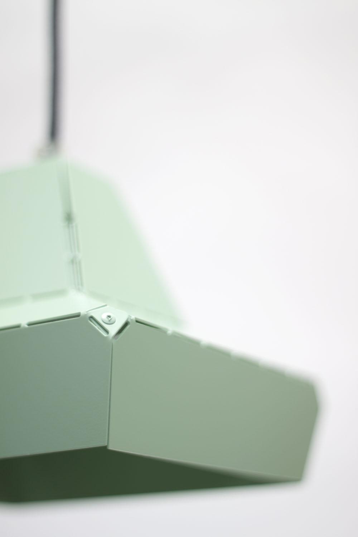 Vij5-Dashed-Light-16-cm-green-detail-01-2013-image-by-Vij5 (RS).jpg