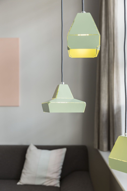 Vij5-Dashed-Light-Green-setting-01-image-by-Jeroen-van-der-Wielen (RS).jpg