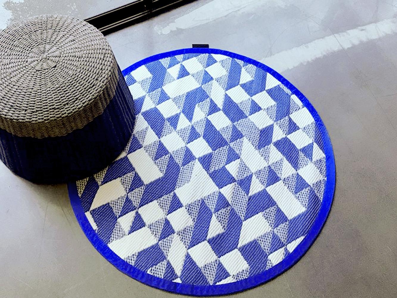 Diamond Mini Round Blue 03 (web) LS.jpg