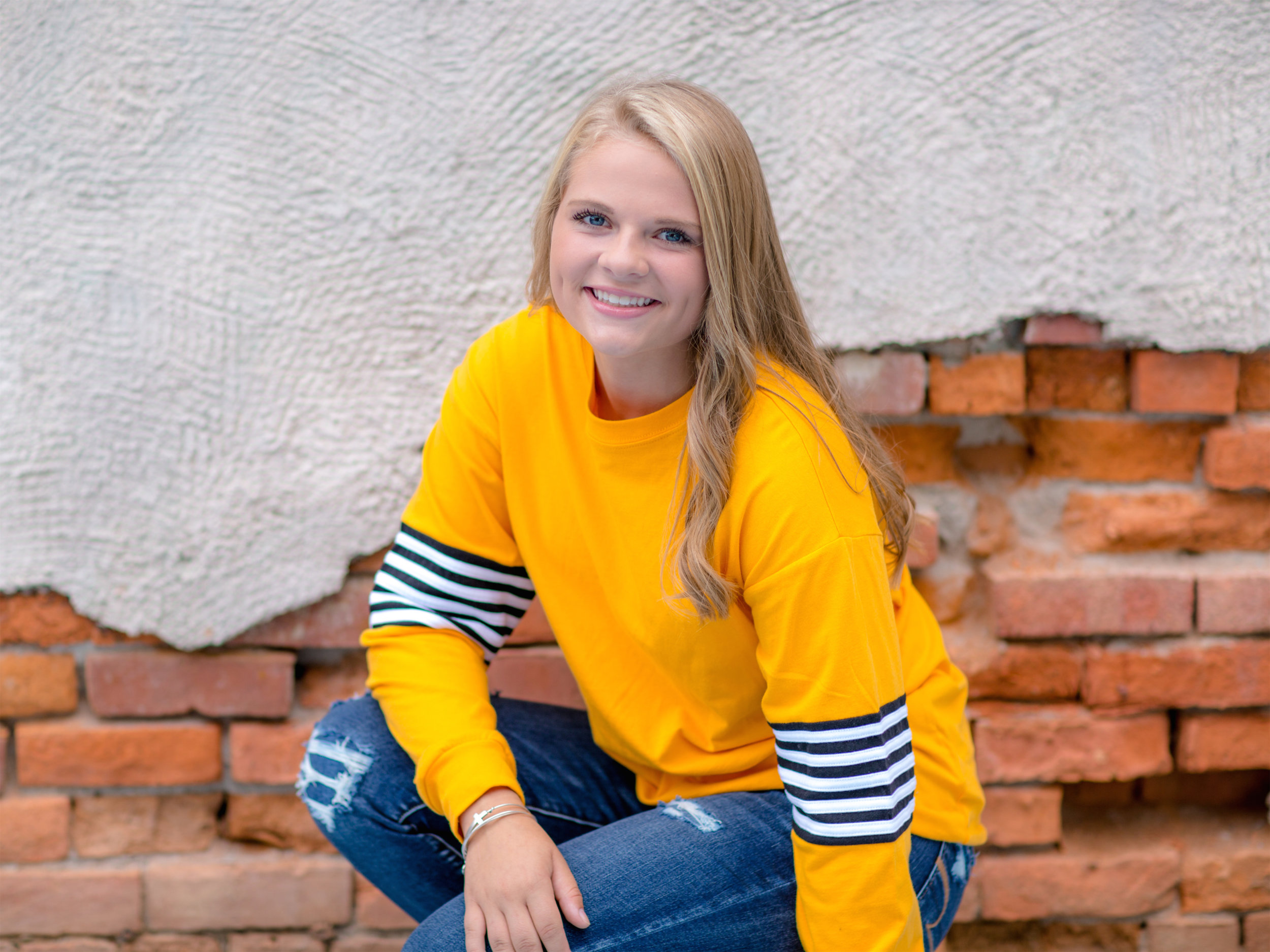 Alexis_Scalise_Senior_05.jpg