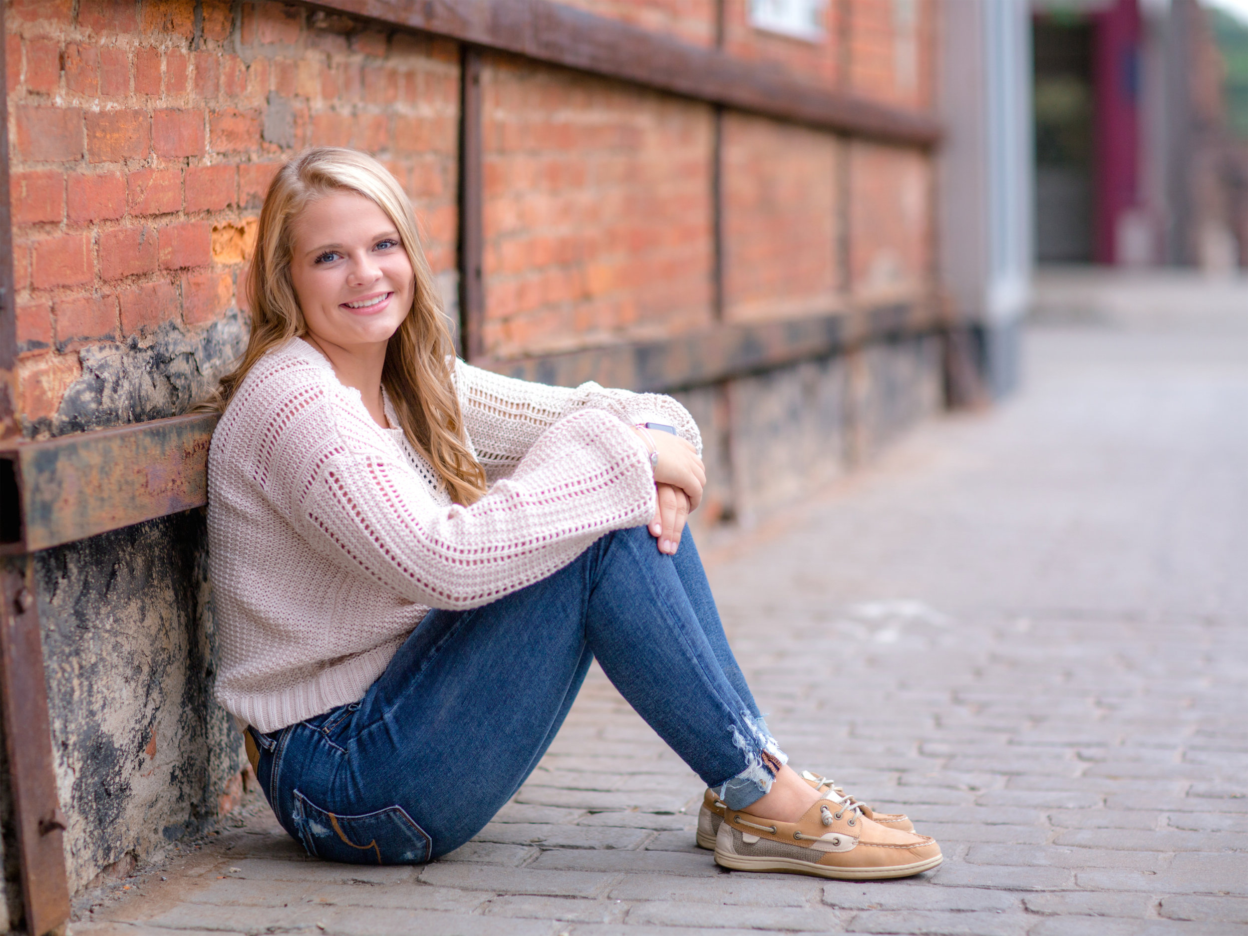 Alexis_Scalise_Senior_14.jpg