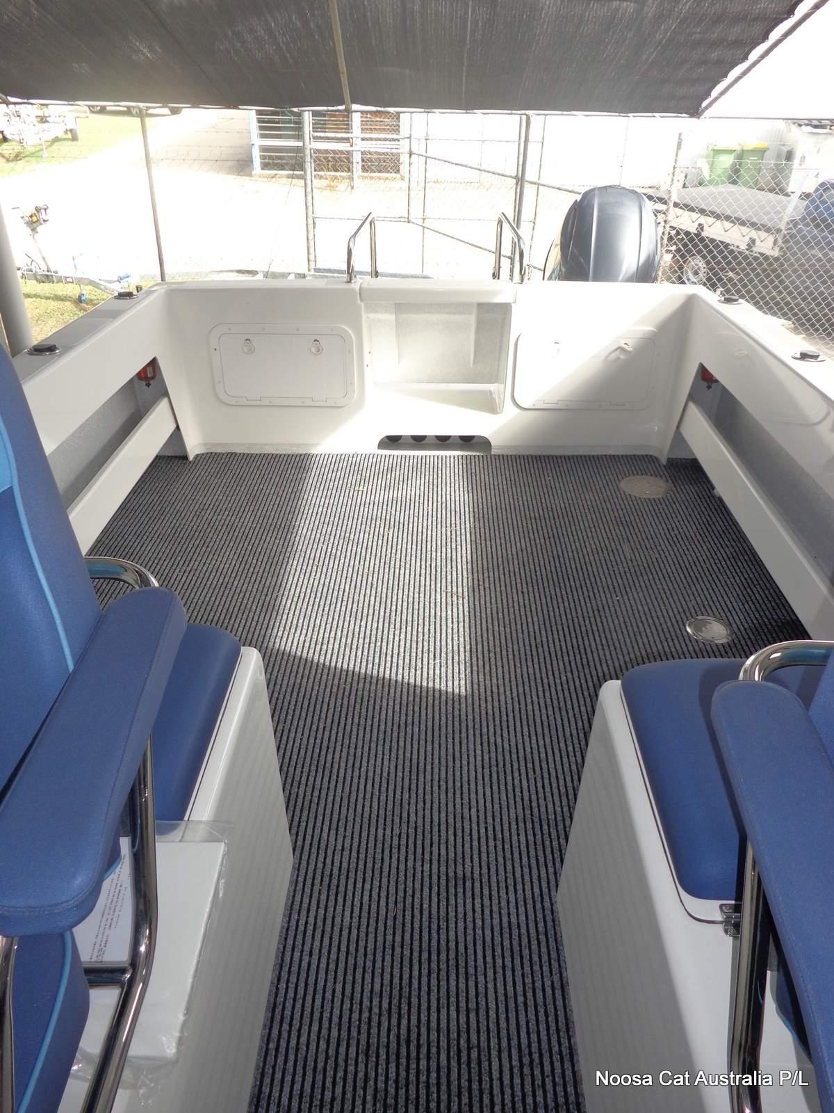 Noosa Cat 2400 Cabin (6).JPG