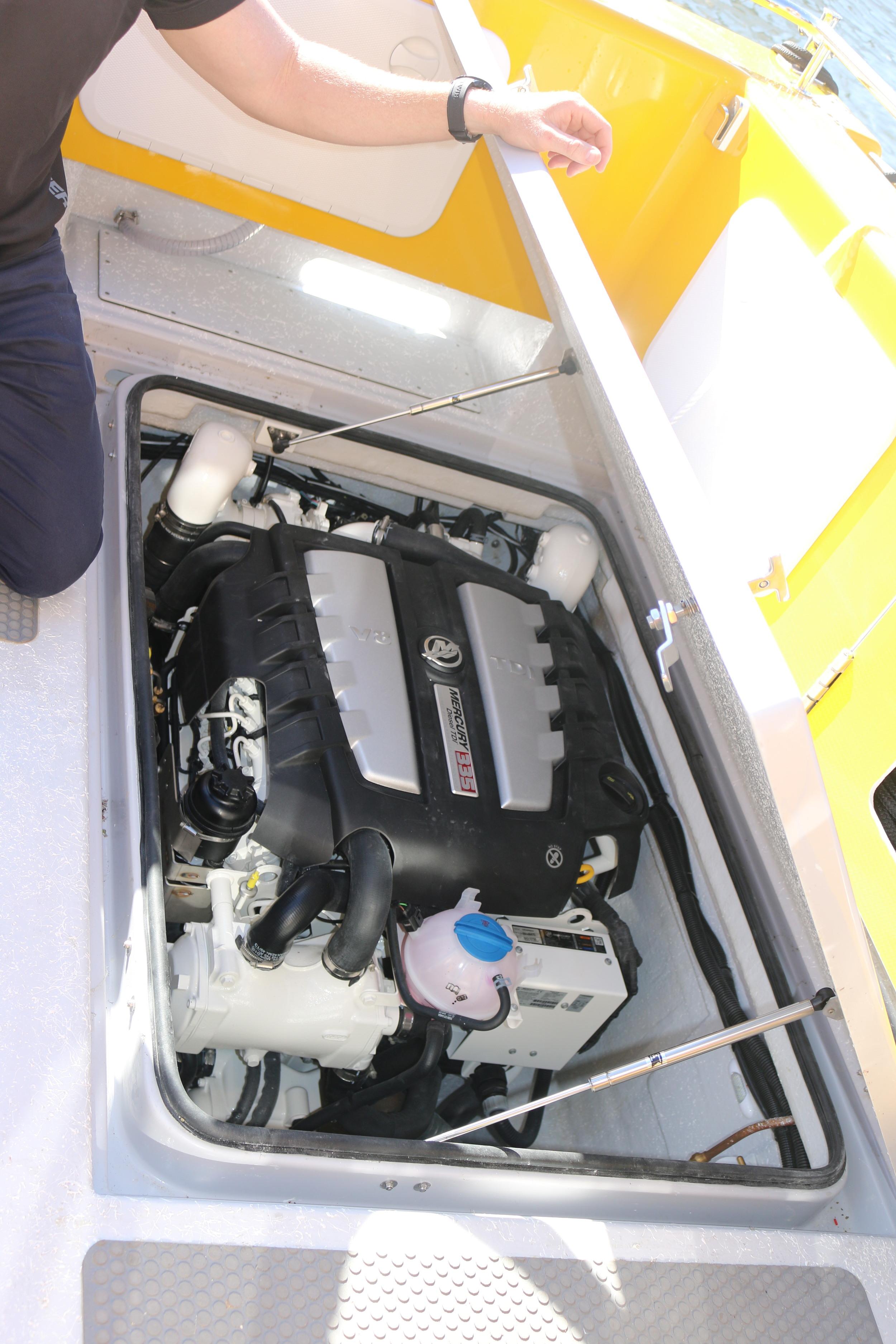 Mercruiser TDI 335hp.JPG
