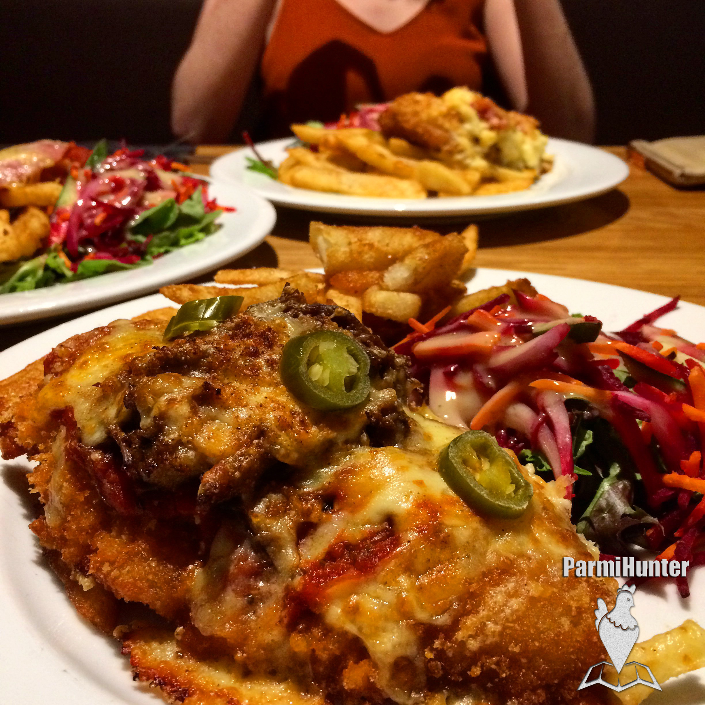 Bracken Ridge Tavern Parmi