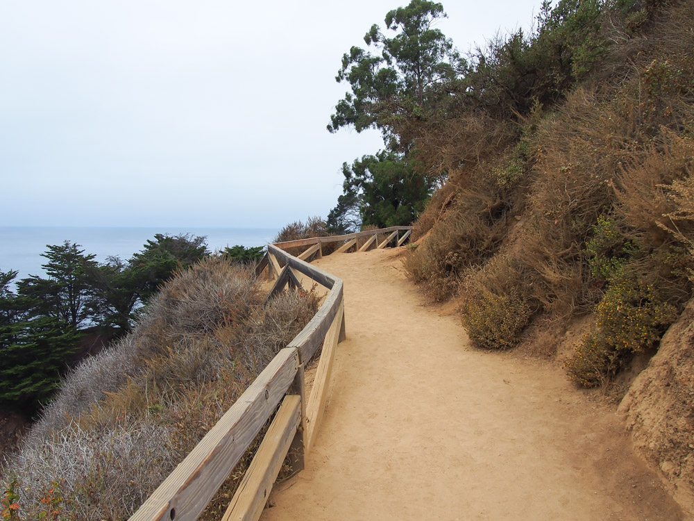 The trail is flat, short, and leisurely with railings and several benches along the way to soak in the views