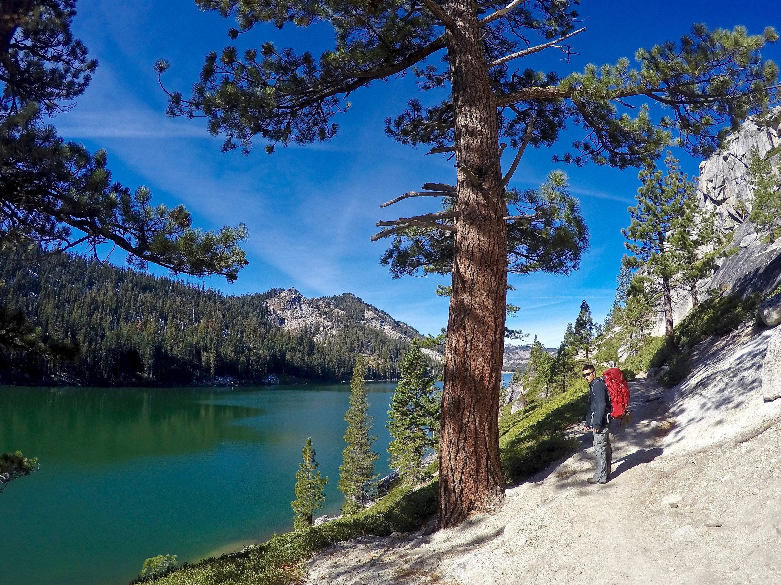 Hiking along the flat trail by Lower Echo Lake