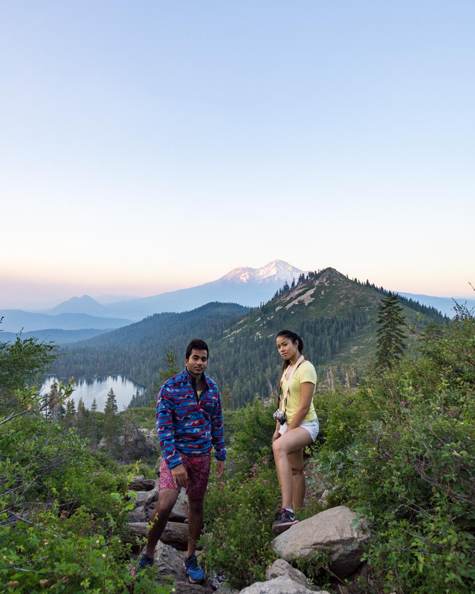 sunset-heart-lake-trail-shasta