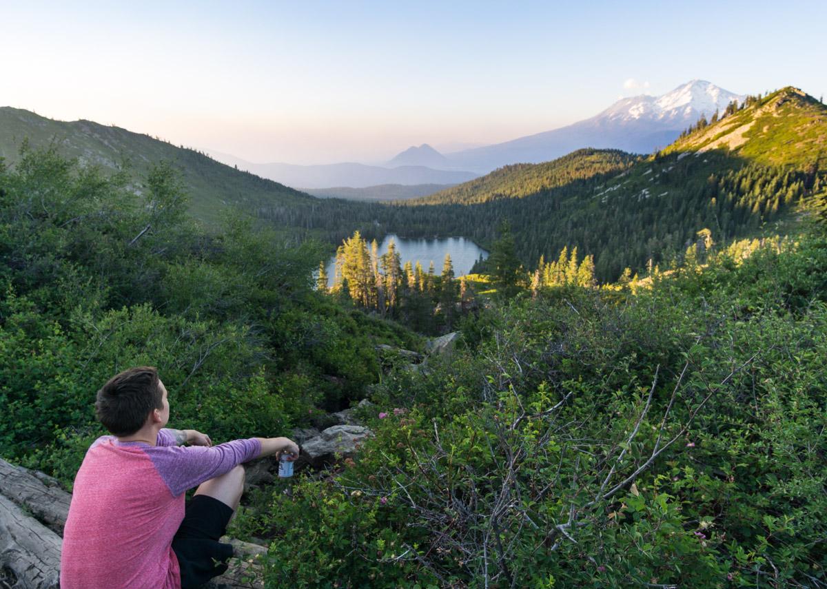 hiking-heart-lake-shasta