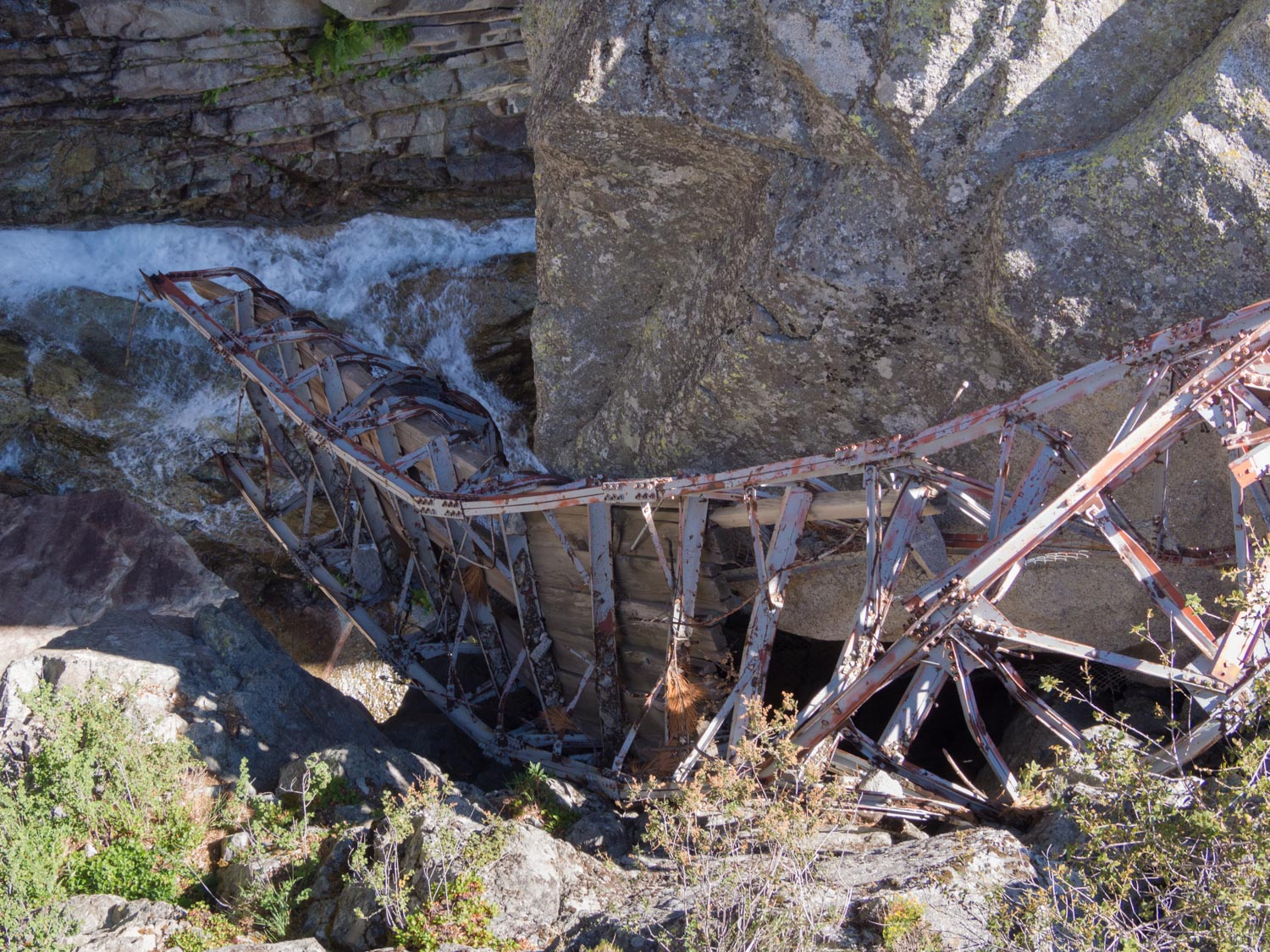 The older bridge at the bottom of the gorge