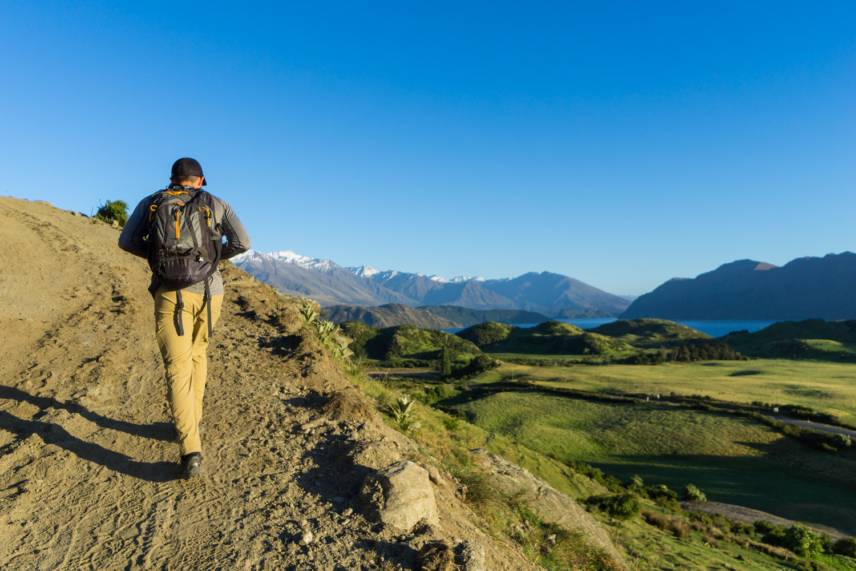 spring-hike-roys-peak-dayhike-wanaka.jpg