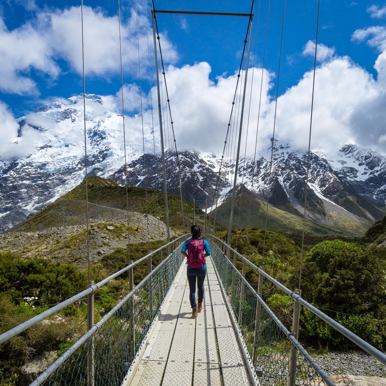 hiking hooker valley new zealand