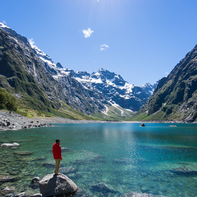 hiking to lake marian in fiordland national park