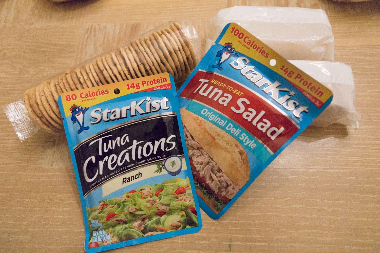 backpacking-tuna-crackers-meals.jpg