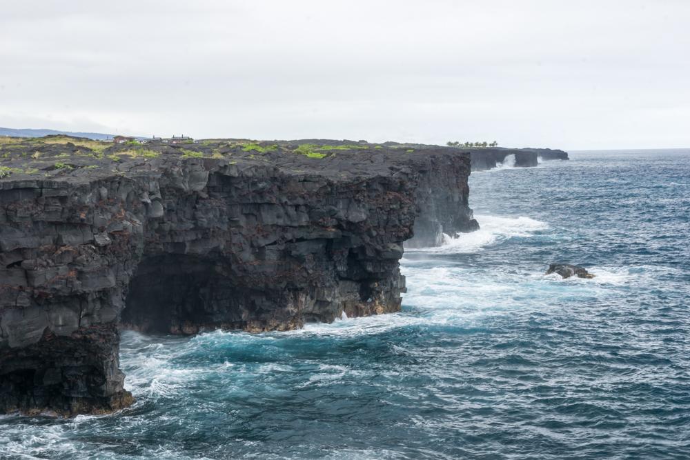 big-island-volcanoes-park-coastline.jpg