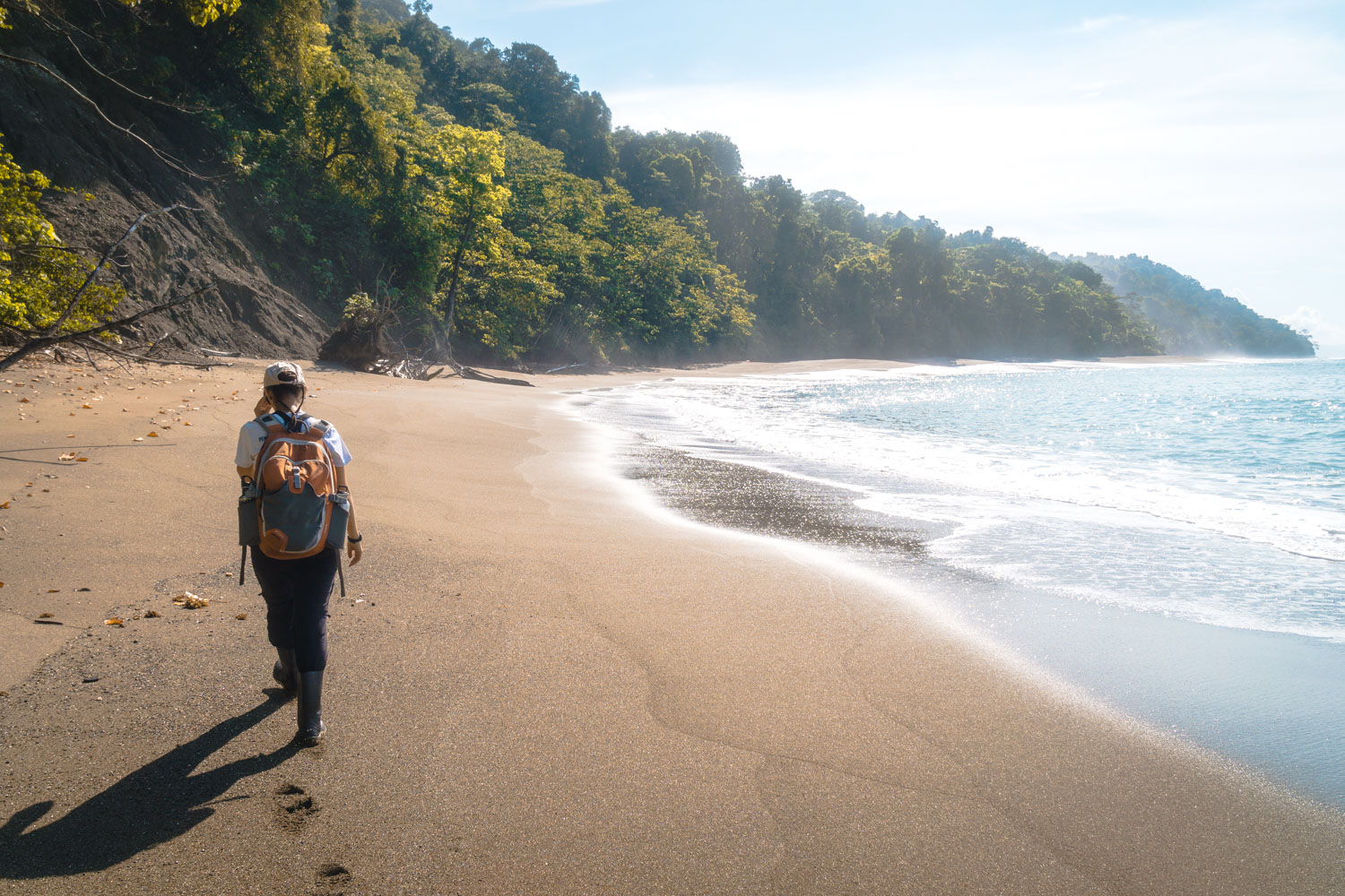 hiking from la sirena on the beach