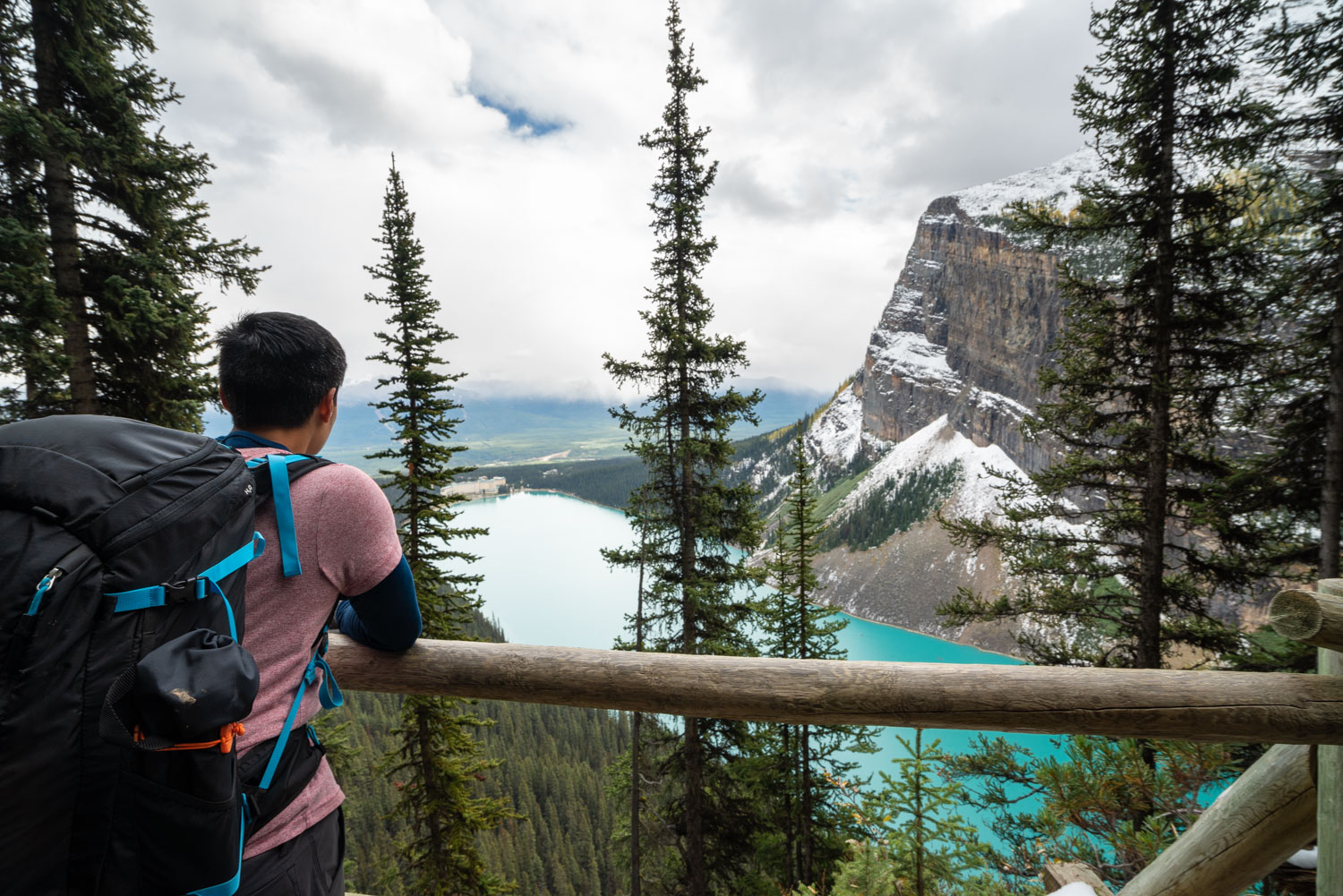 Lake Louise hikes in the fall