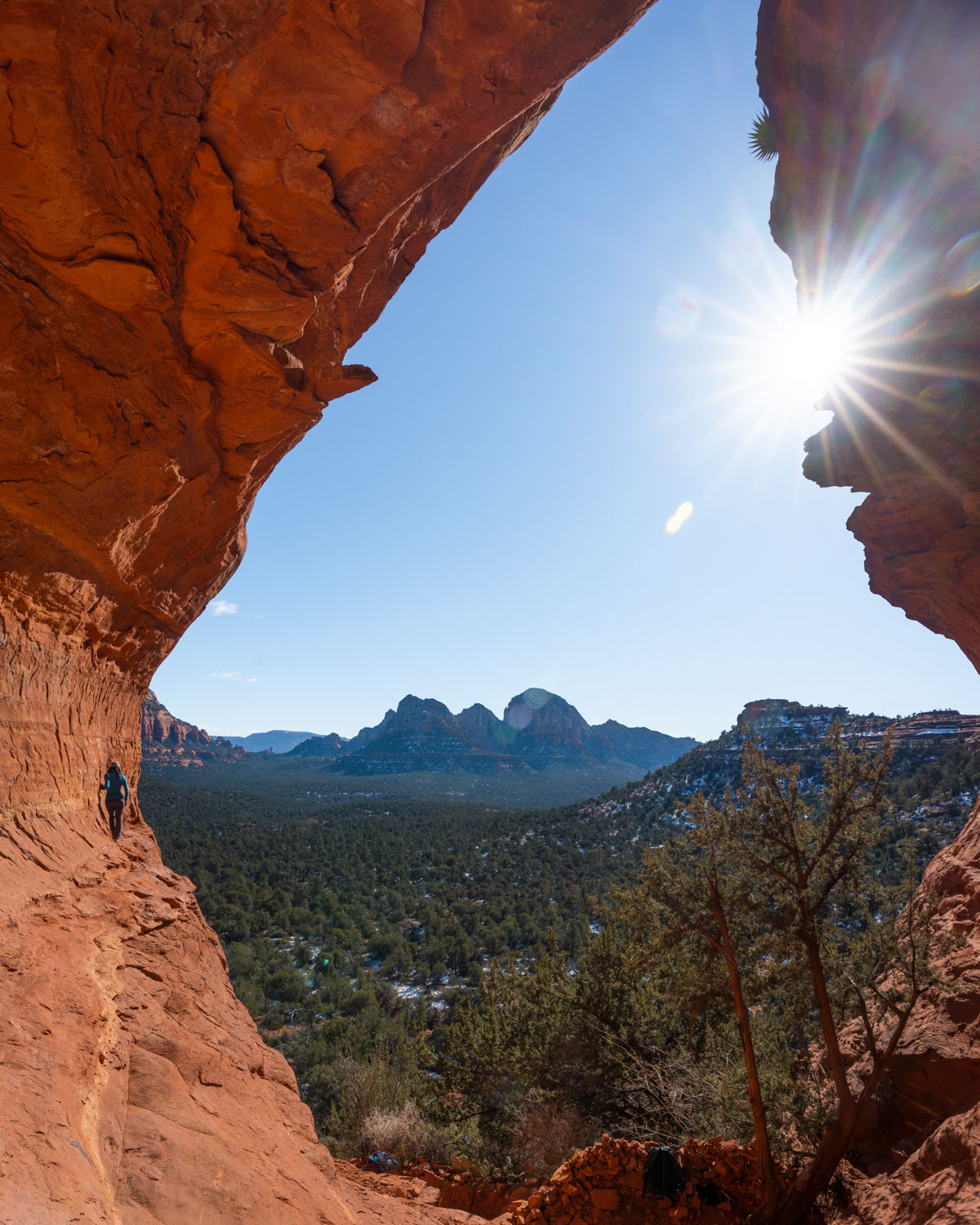 short hikes in sedona birthing cave