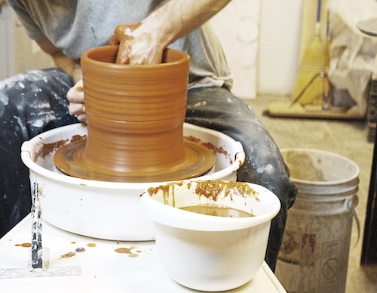 struktr studios sheldon ceramics small business video