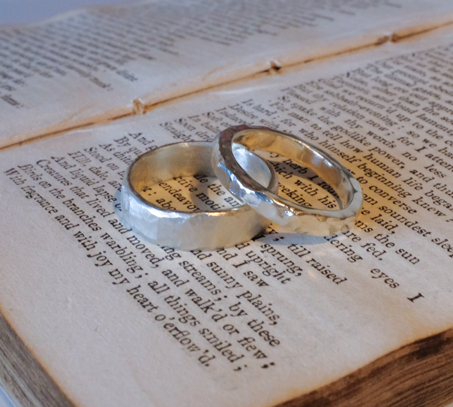 Ailsa & Matthew in 2019 … made in 9ct and 18ct white gold