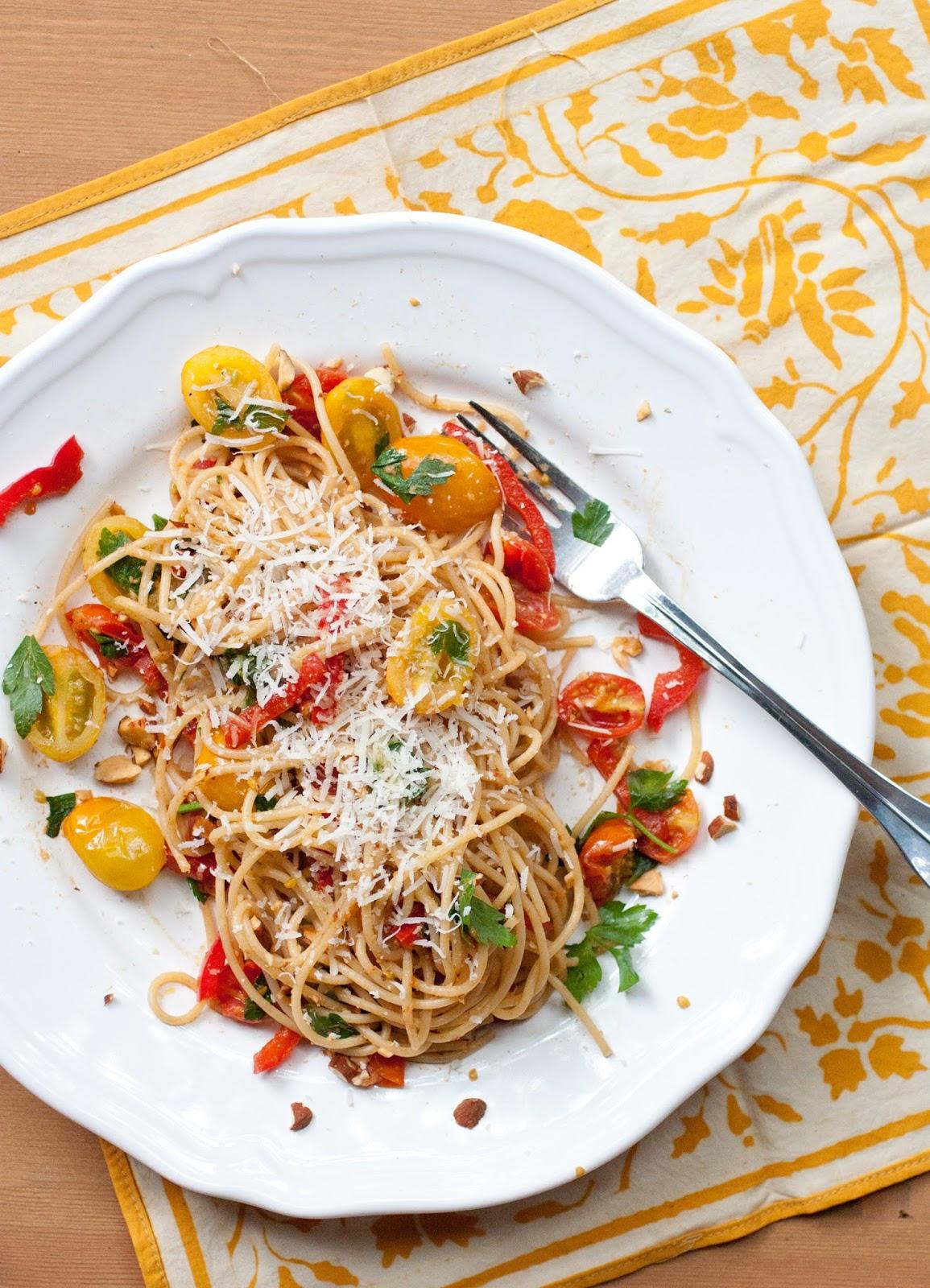 Tomato-Anchovy-Pasta-3.jpg