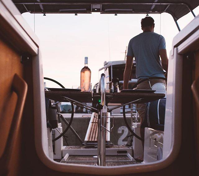 Golden hour, Rose hour ⚓️ #captain #sunset #rose #adventure #journey #wanderfolk #vsco #instagood #explore #team #captainandcharlie