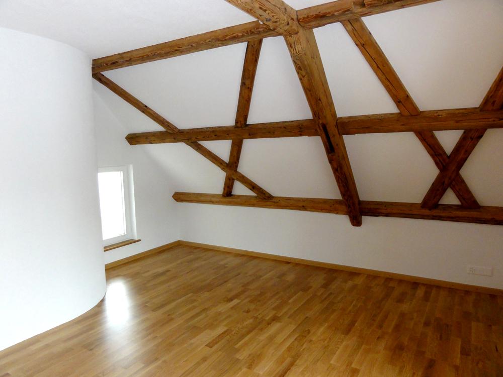 Sichtbares primäres Dachtragwerk