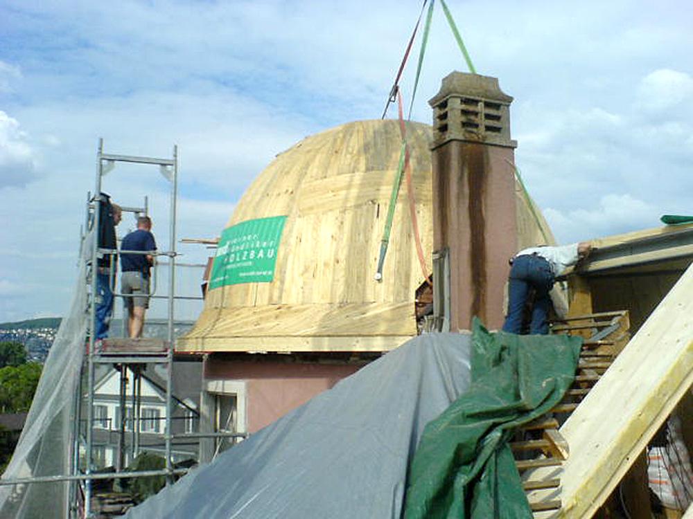 Aufsetzen der Kuppel
