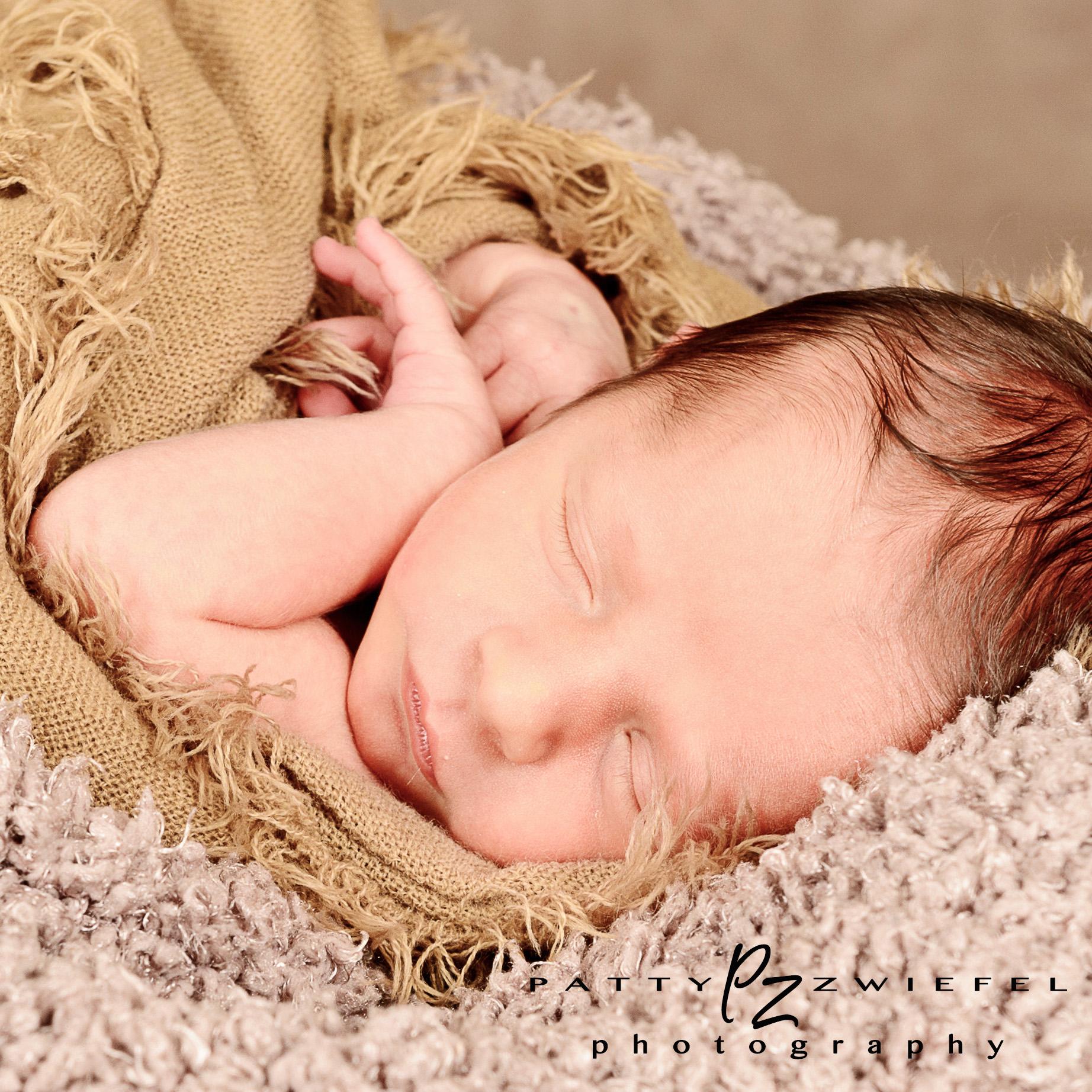 Newborn 06.jpg