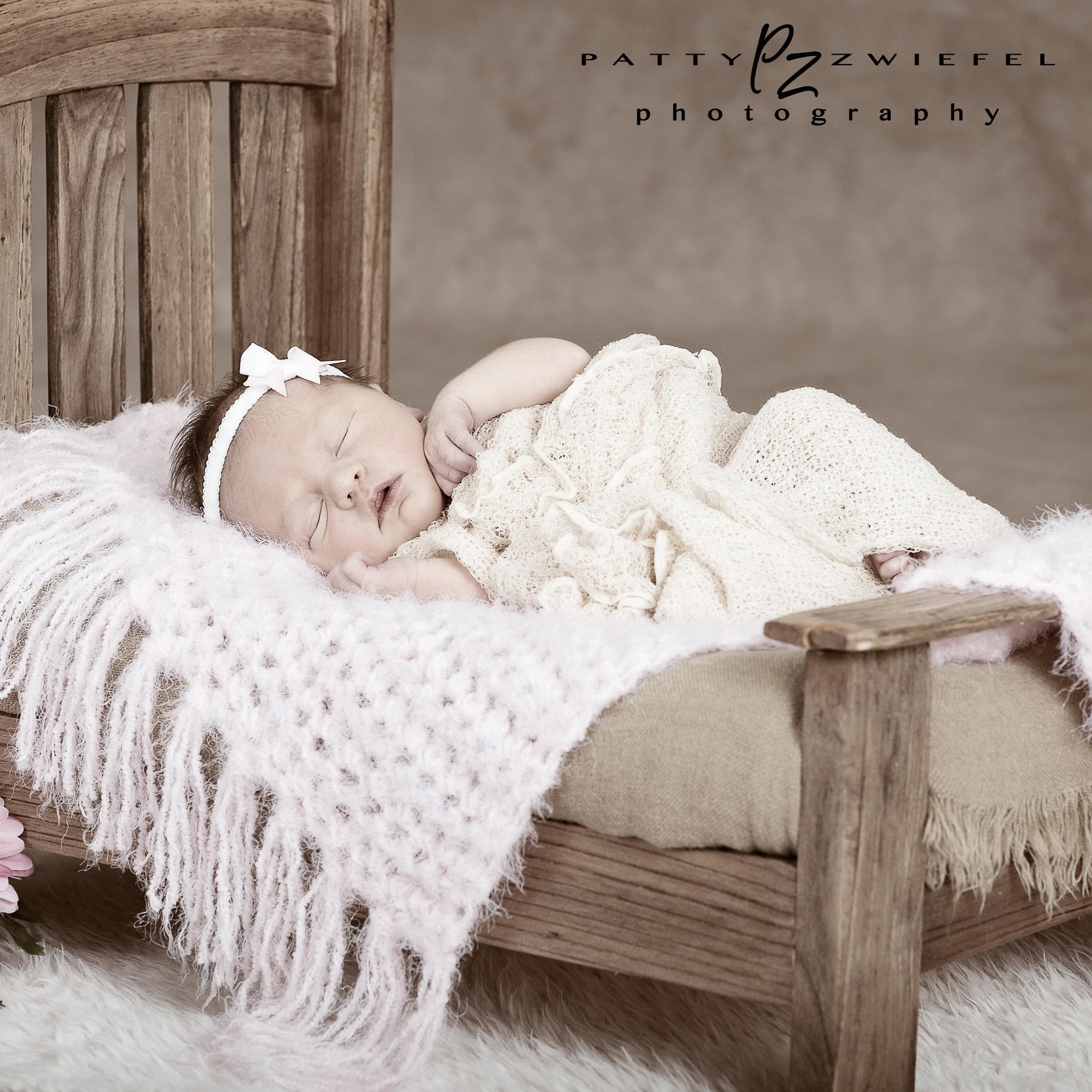 Newborn 05.jpg