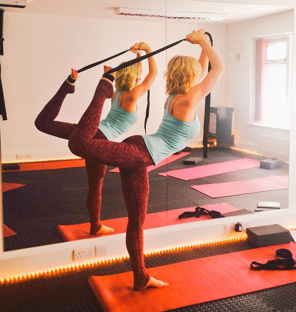 Hannah DancersPose.jpg