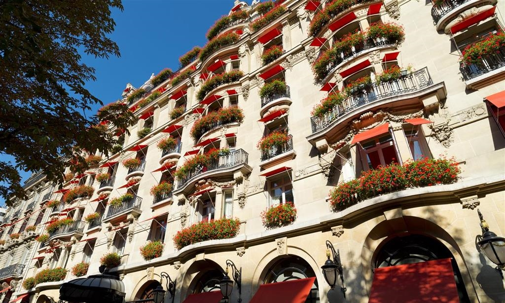 Hotel Plaza Athenee, Dorchester Collection