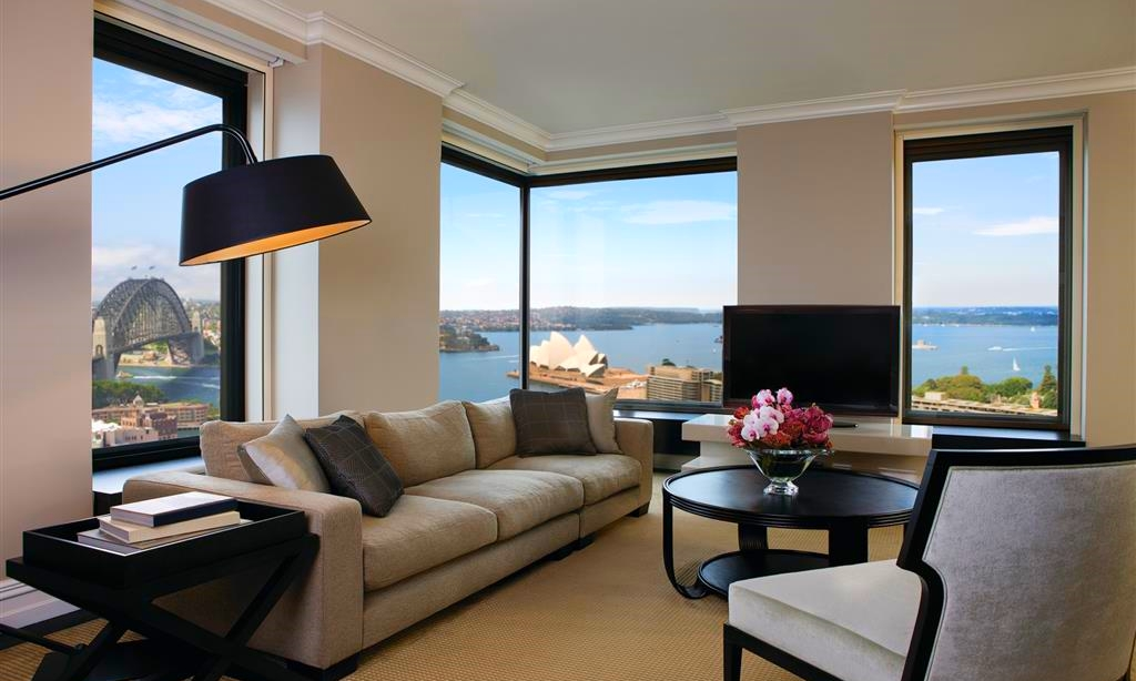 Four Seasons Hotel Sydney.jpg