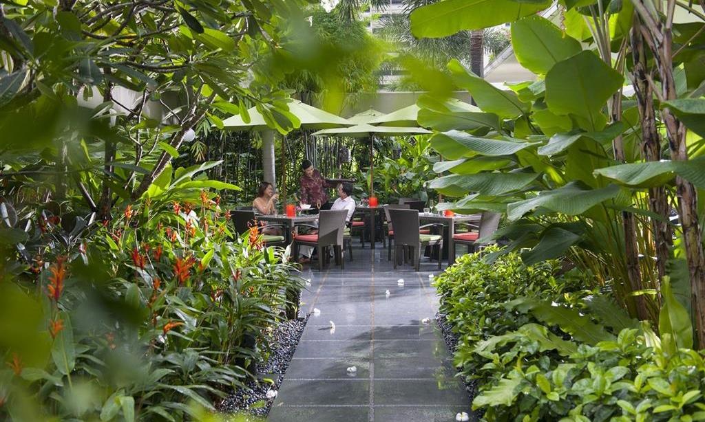Mandarin Oriental, Singapore.jpg