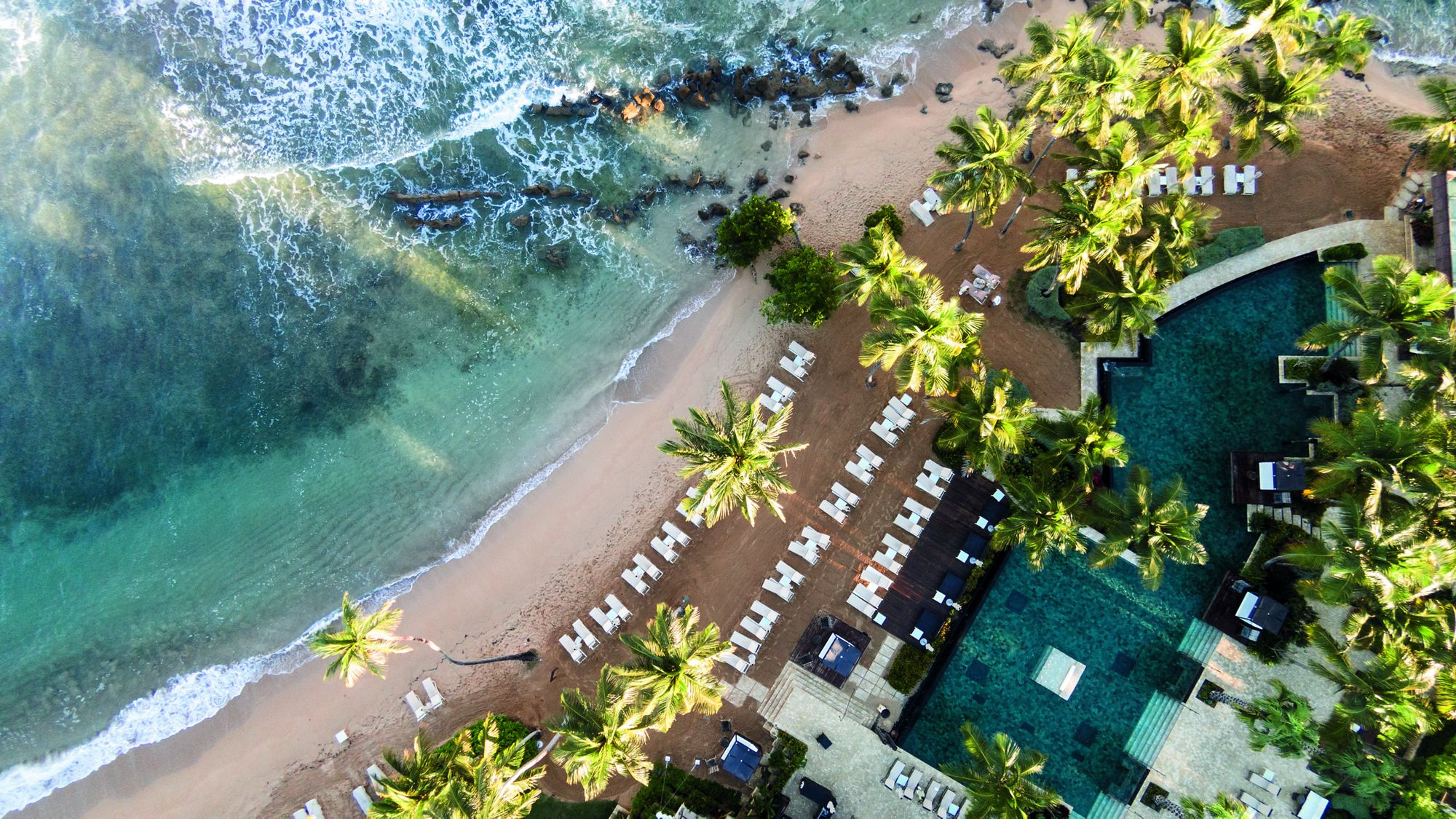 VIP treatment in paradise, from one end of the earth to the other. Photo:Dorado Beach, Ritz-Carlton Reserve in Puerto Rico