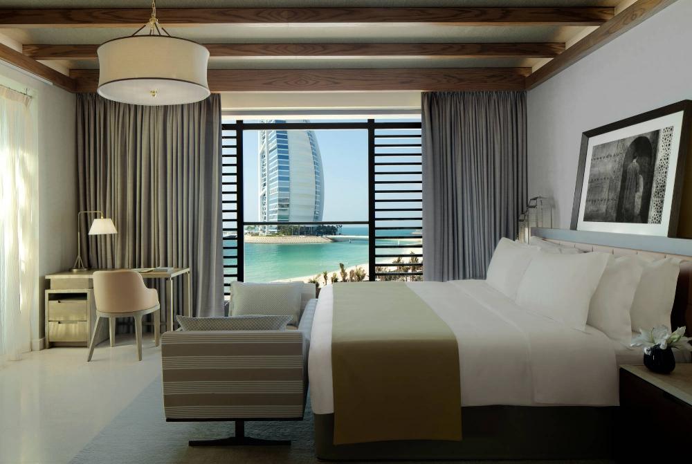 Jumeirah_Al_Naseem_-_Ocean_Suite.jpg