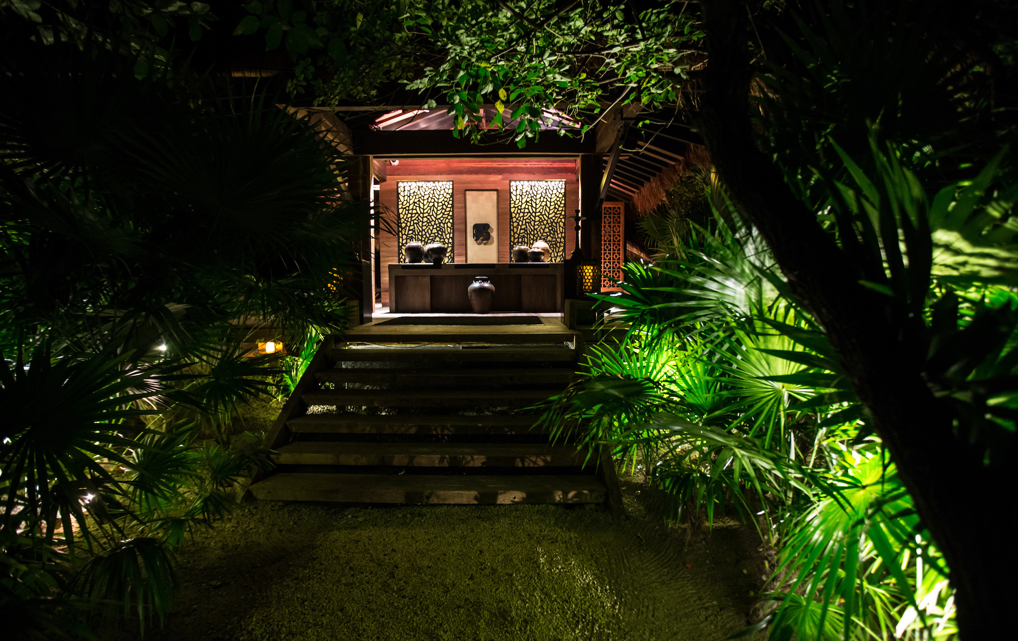 La Punta Grill & Lounge 1.jpg