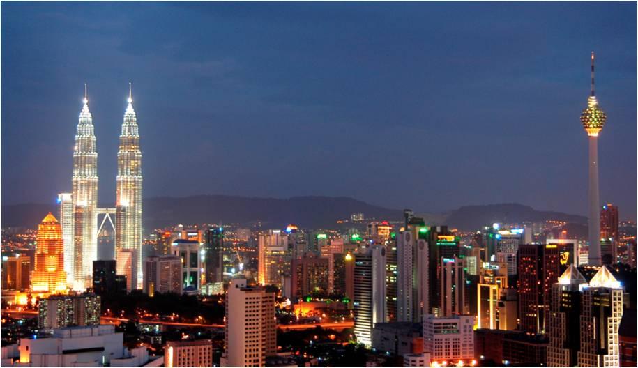 Best of Malaysia - Kuala Lumpur at night.jpg
