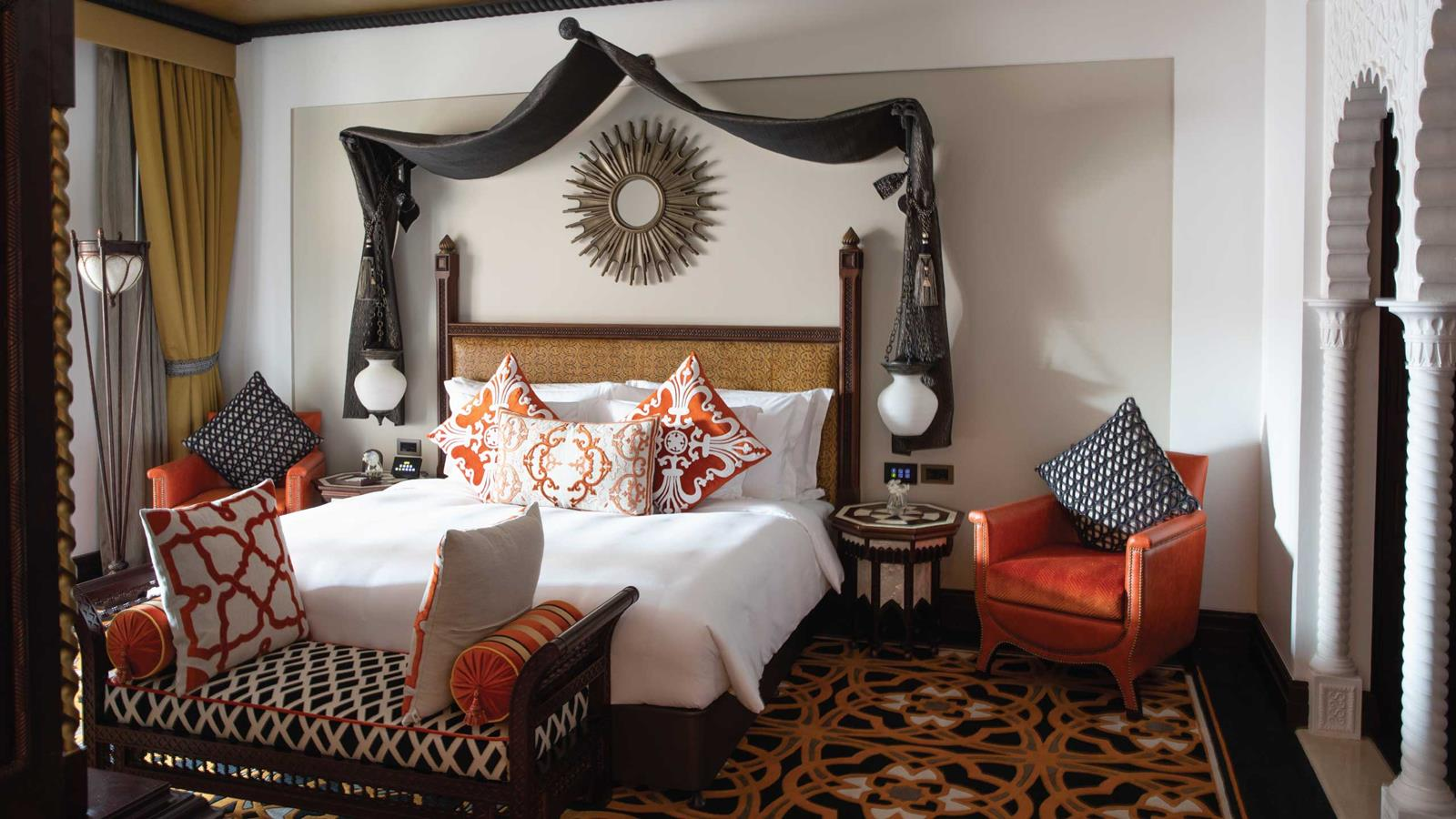 jumeirah-al-qasr-suite-bedroom-hero.jpg