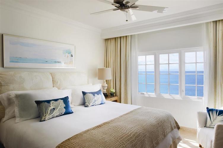 Belmond-la-samanna-bedroom.jpg