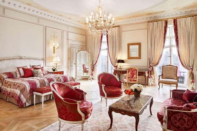 Le-Meurice-presidential-suite.jpg