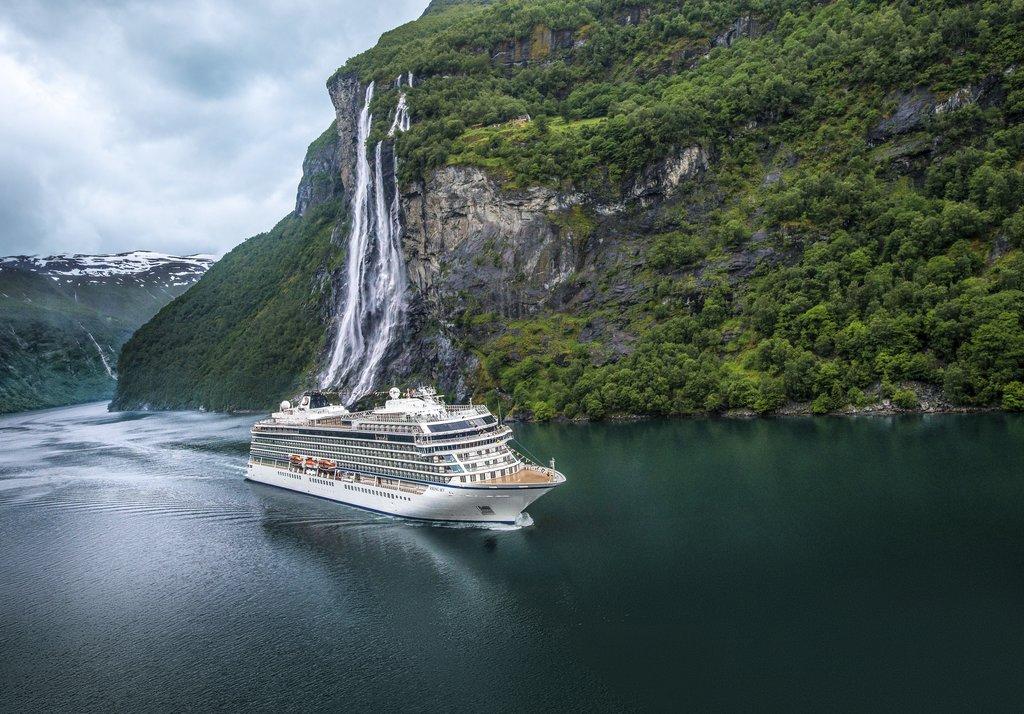 rsz_viking_cruises_ocean_ship.jpg
