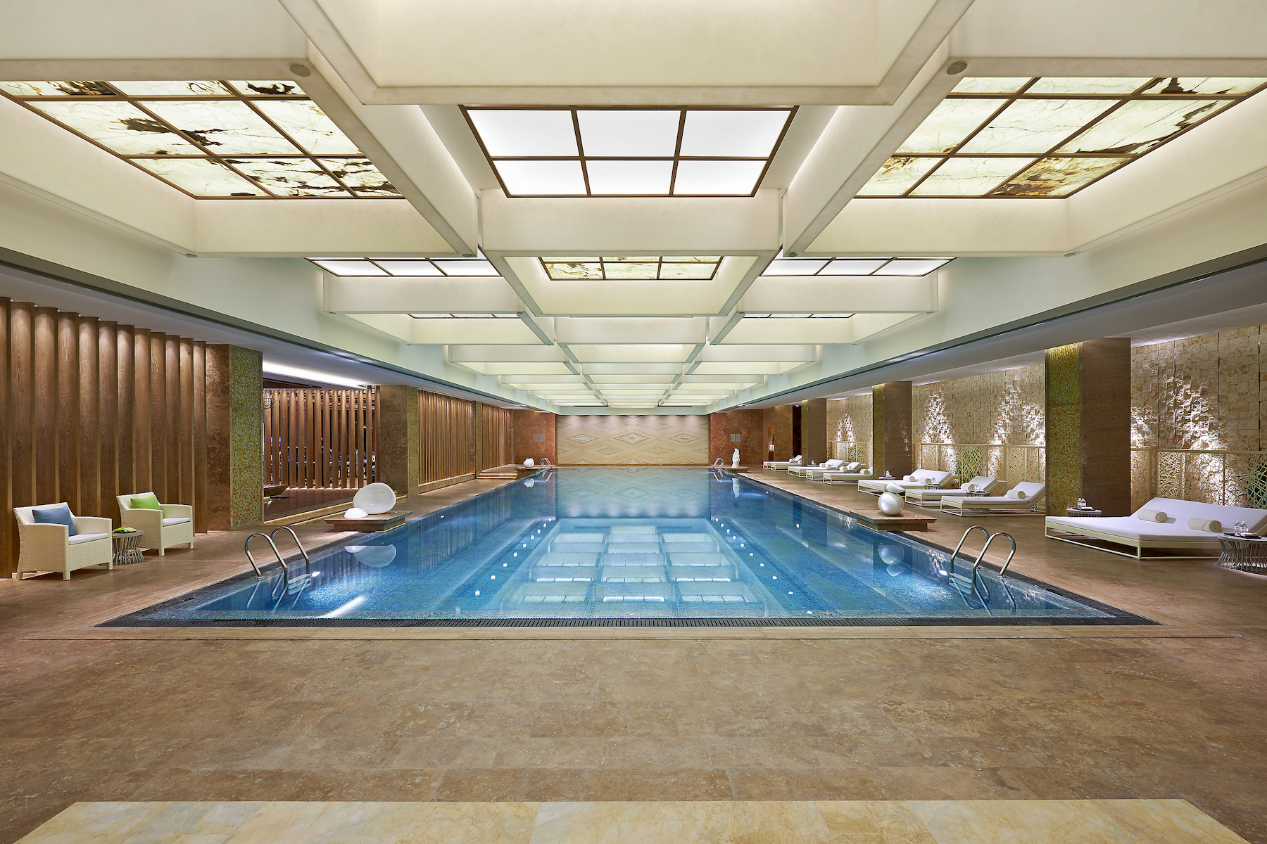 shanghai-luxury-spa-pool-01.jpg