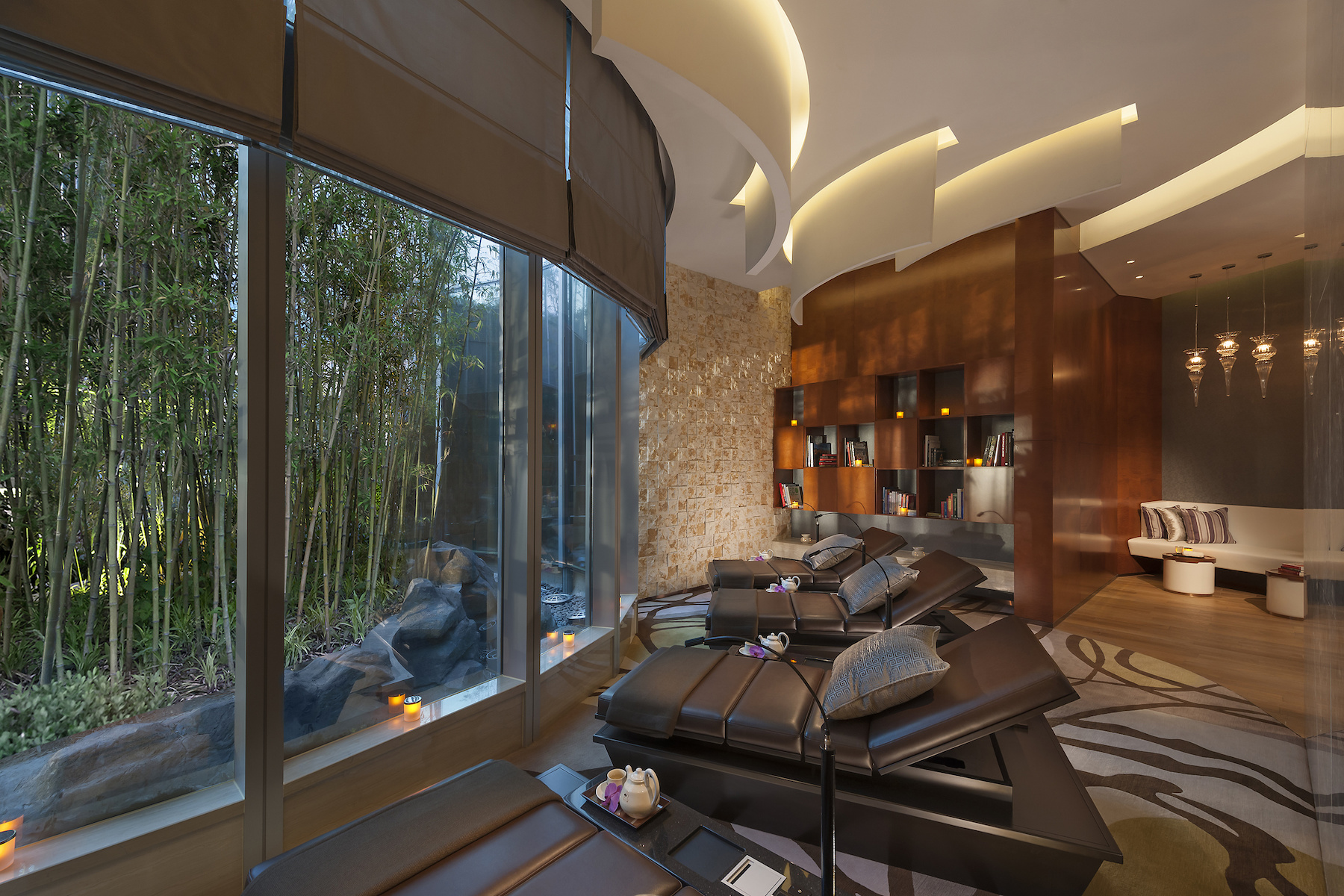shanghai-luxury-spa-relaxation-room.jpg